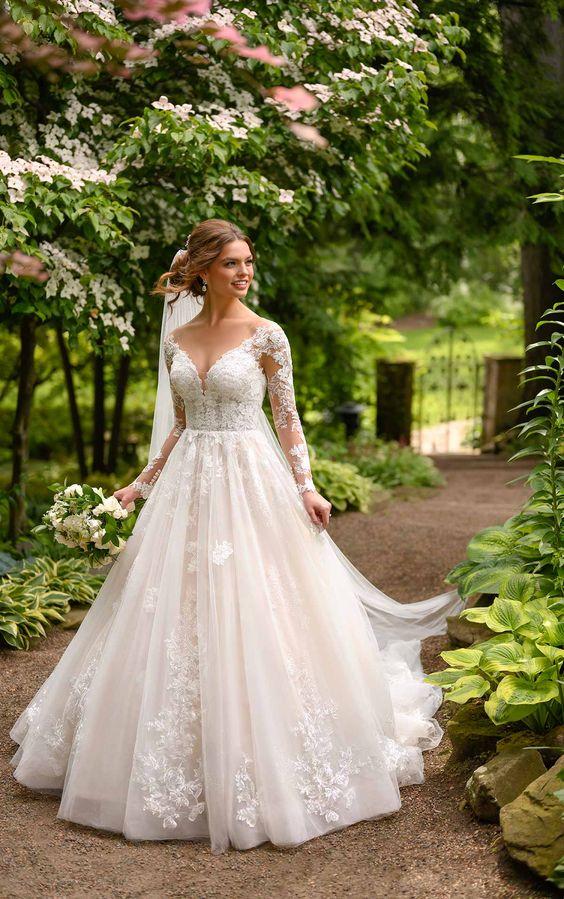 Svadobné šaty s rukávmi - Obrázok č. 3