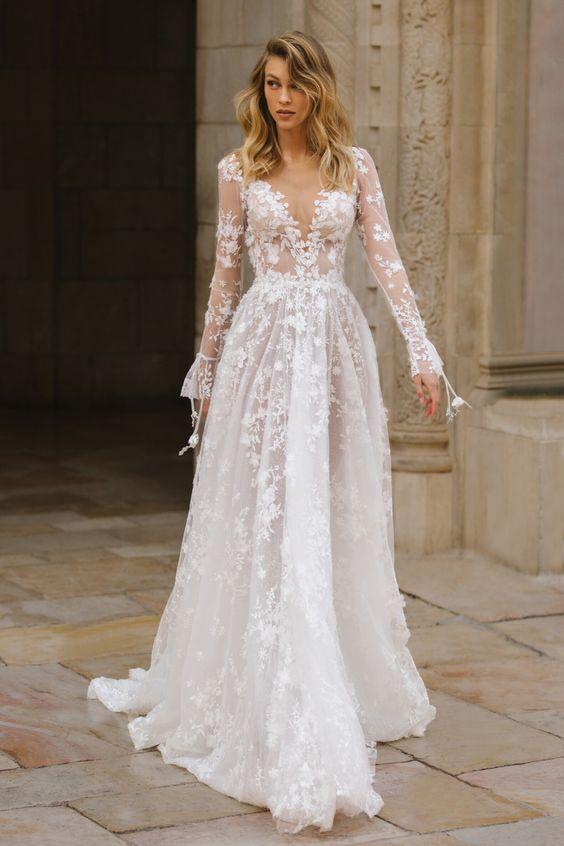 Svadobné šaty s rukávmi - Obrázok č. 9