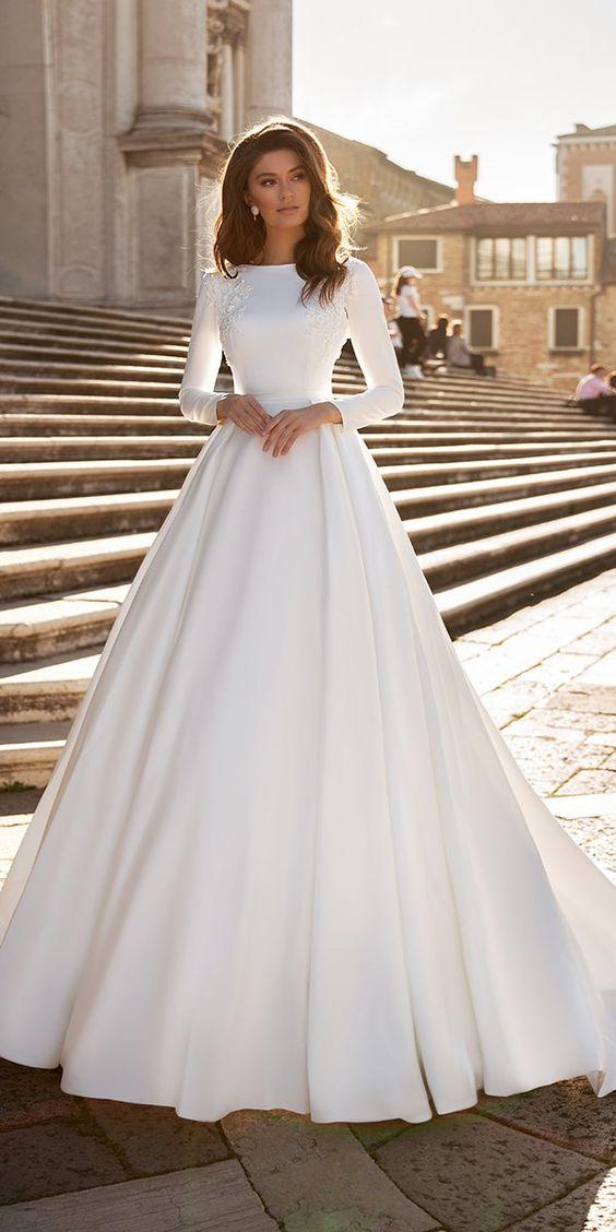 Svadobné šaty s rukávmi - Obrázok č. 6