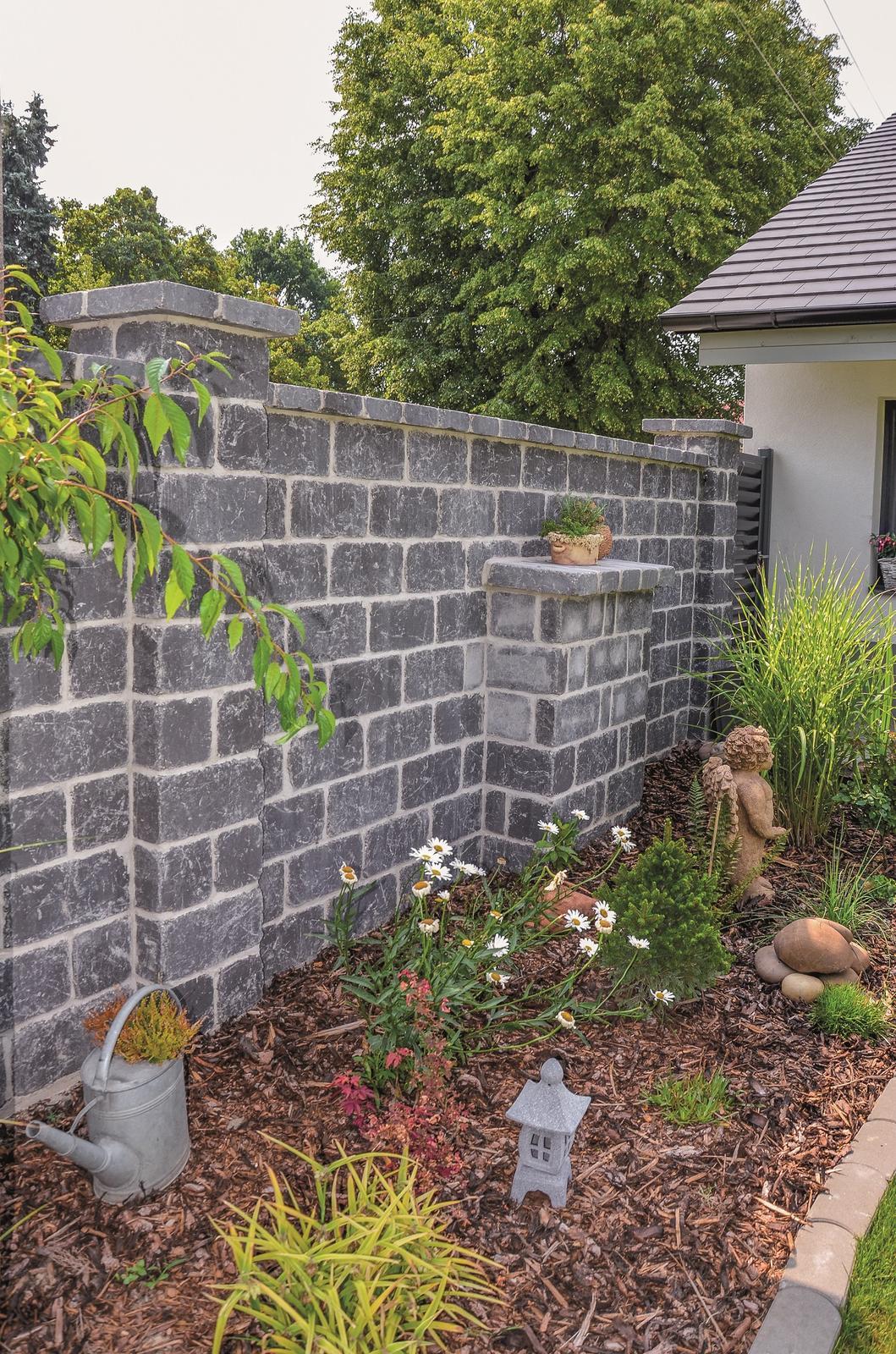 Betonové ploty z tvárnic, cihel a deskové - CRASH BLOCK