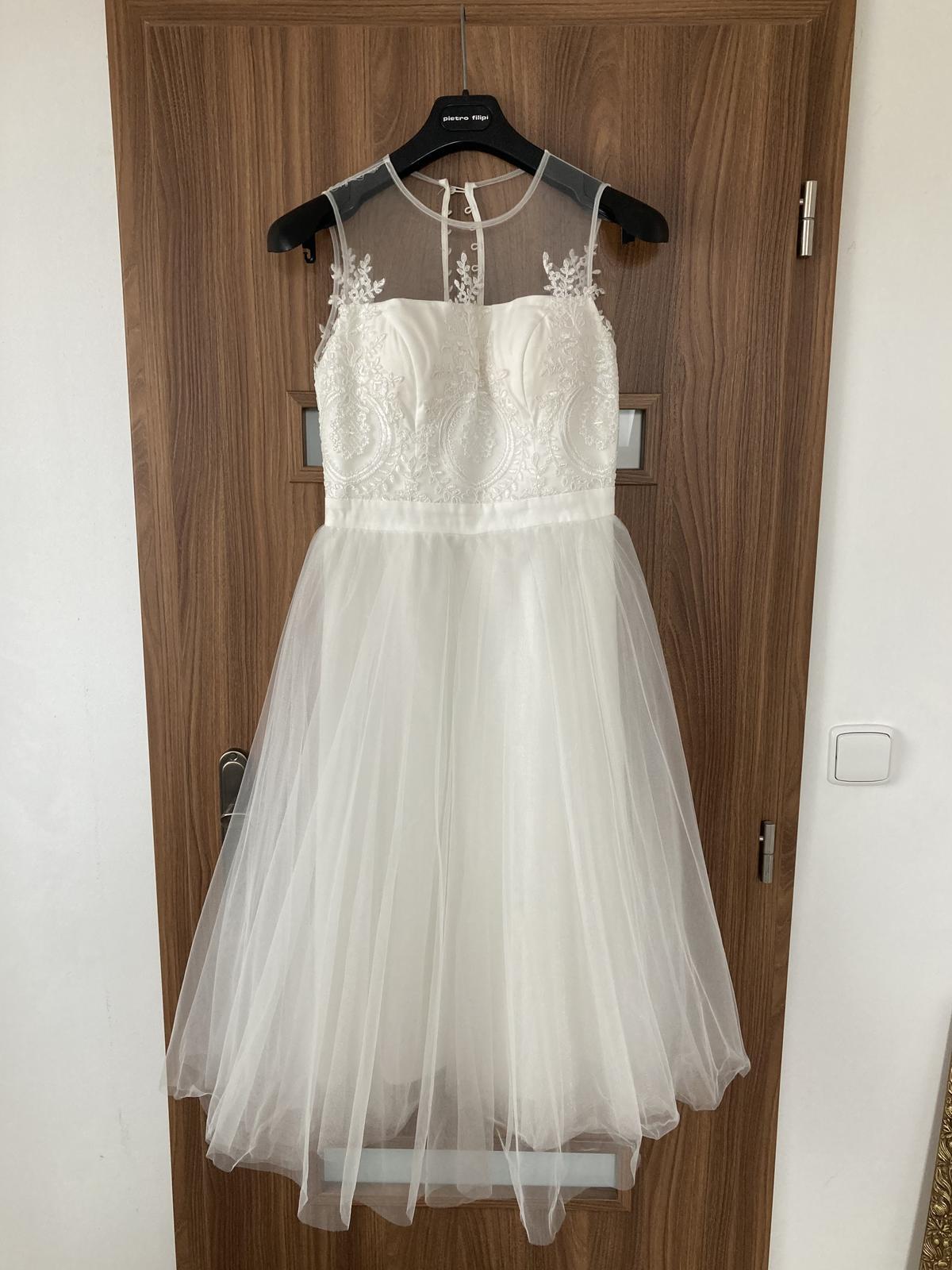 Svatební šaty Chi Chi London bílé vel. 10 (38) - Obrázek č. 1
