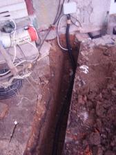 vedení elektriky do dílny a kotelny
