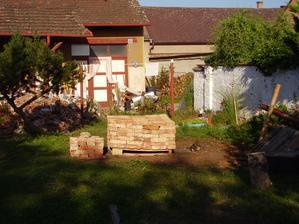 pohled ze zahrady rok 2007