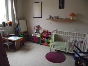 opět změna z ložnice je zase dětský pokoj