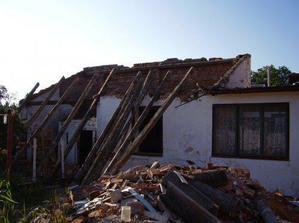 Bourání zahradního domku a kolny, pro novou dílnu a kotelnu