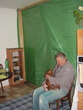 Přepážka mezi obývákem a zbytkem bytu,aby nebyl všude prach,ale uhlídejte prach :(