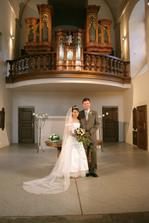 První novomanželské foto