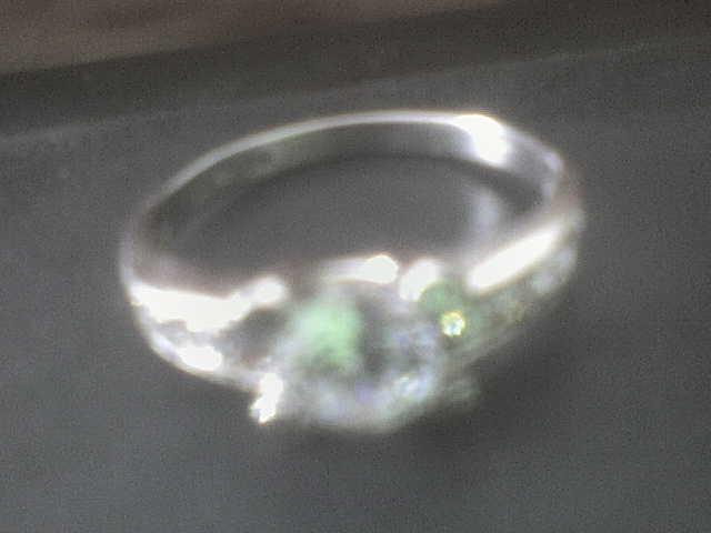 1.5.2010 - ..a takyto prstienok nosim:))