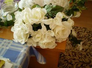 dekorácia na hlavný stôl...ešte ju musím dozdobiť