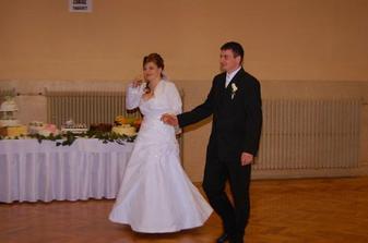 náš prvý tanec..