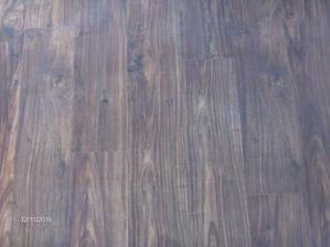podlaha v obyvacke