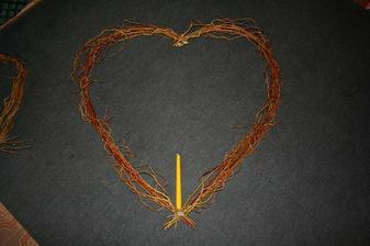 nevestino srdce-porovnani velikosti se svickou (ta tam nebude)