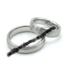 objednany - pro me 4mm, 3/4 v lesku, 1/4 mat, ocel 2.050,- i s rytinami, p. Kubik, e-prsteny