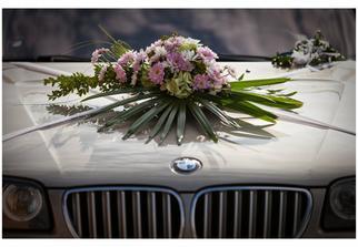 výzdoba auta nevěsty