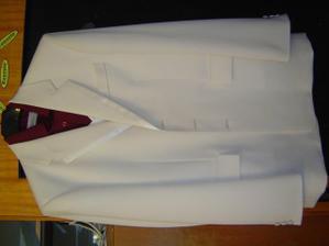 oblek s košilí