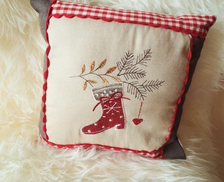 vianočný vankúš aj s výplňou - Obrázok č. 1