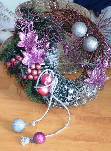 veľký vianočný veniec na dvere - Obrázok č. 1
