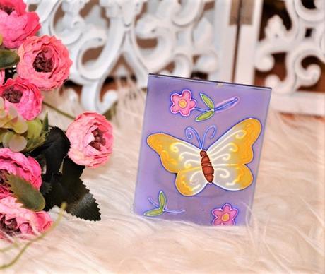fialový motýlikový svietnik - Obrázok č. 1