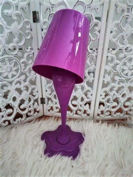 fialová stolna lampa - Obrázok č. 1