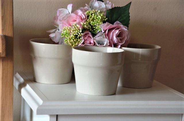 3 x béžový keramický kvetináč - Obrázok č. 1