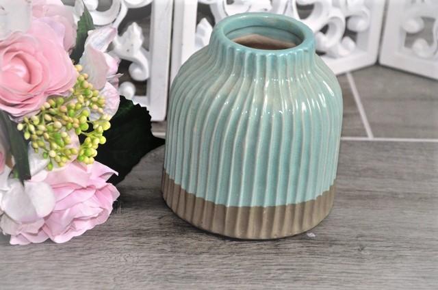 zaujímavá keramická váza - Obrázok č. 1