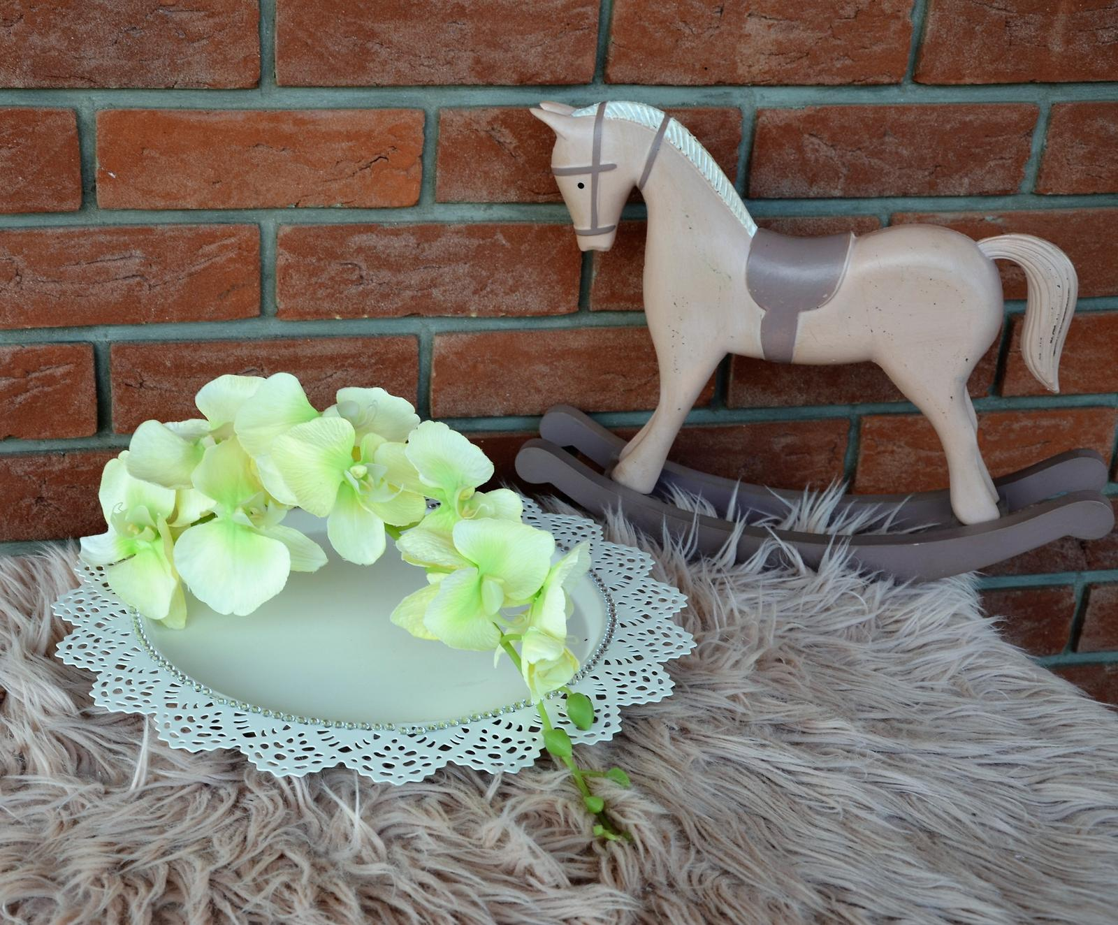 zelená orchidea č 2 - Obrázok č. 1