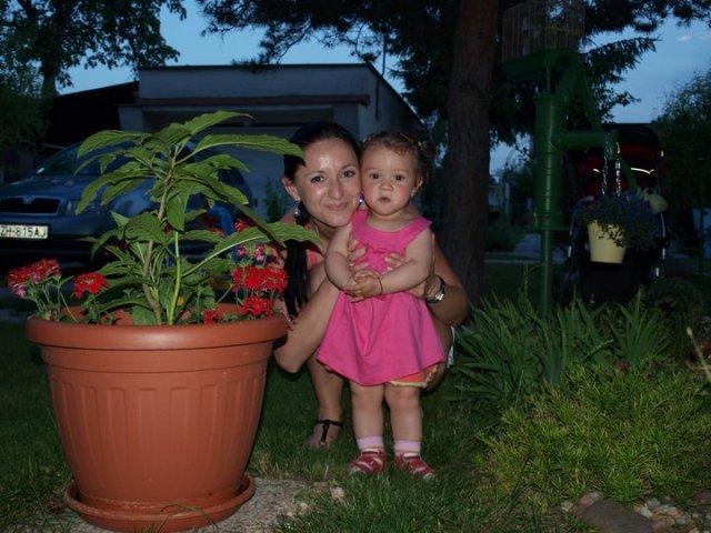 Miška a Peťko - začiatok cesty :) - a takúto maličkú princezničku raz chystáme aj my :)
