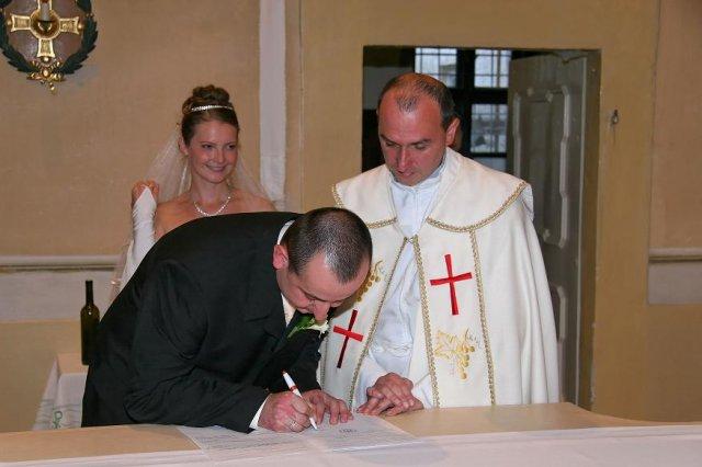 Miriam Urmínska{{_AND_}}Gabriel Kormúth - podpis ženícha