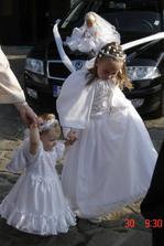 druhá naše neteř Deniska, krásné družičky