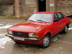 a tohle je naše auto, kterým si pro mě Vašek přijede