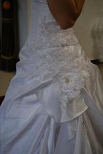 šaty č. 4 detail