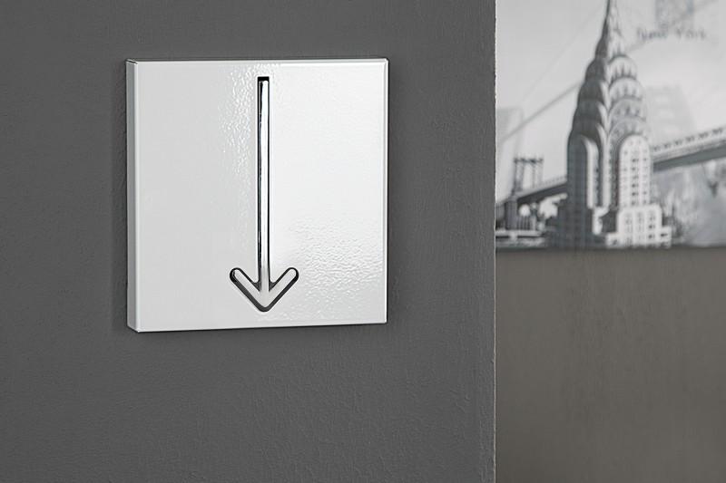 Vešiak na stenu s držiakom v tvare šípky. - Obrázok č. 6