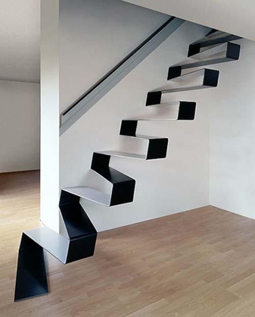 Biele schodisko a interierové dvere? :-) - Obrázok č. 14