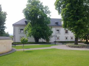 toto je park okolo paláca, kde sa budeme fotiť