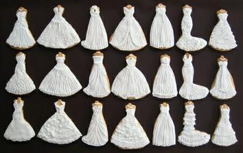 ak nenájdem tie pravé šaty - upečiem si ich :-)