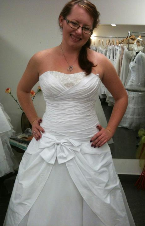 Hodil by sa tylový blusher k mojim šatám??? - detail na mašľu