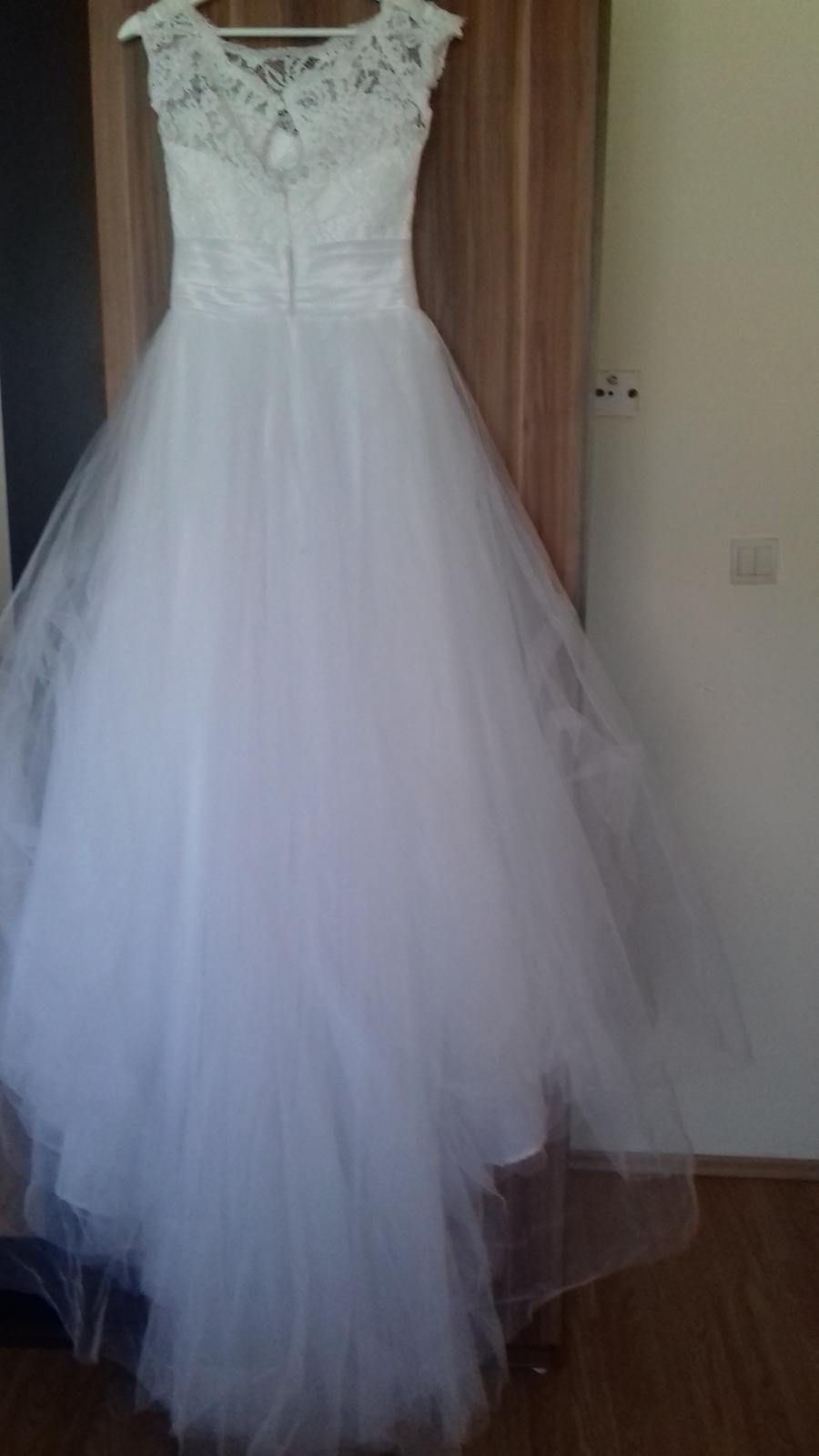 Svadobné šaty pre nižšiu nevestu - Obrázok č. 3