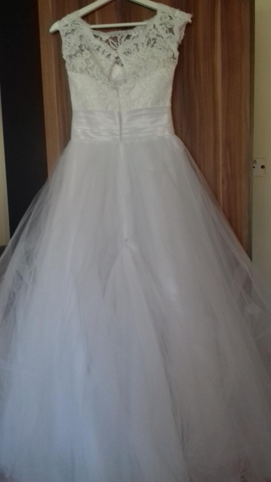 Svadobné šaty pre nižšiu nevestu - Obrázok č. 4