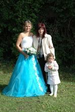 s kamarádkou a její dcerou