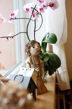 Velkou inspiraciou je pre mna Zuzana Morkusovic z CR. Ona robi svoje keramicke vecicky na predaj.