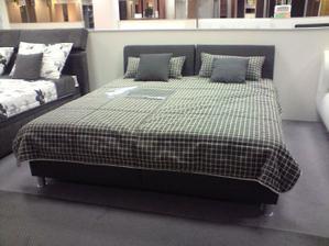 a postel pravdepodobne táto, ale...