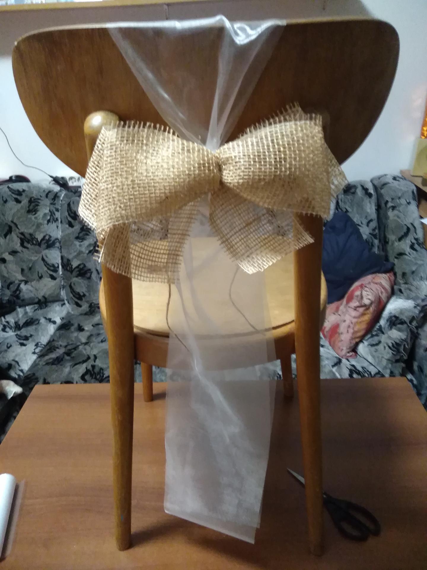 Příprava na svatbu co už mám - Mašle na židle, ale asi bez organzi