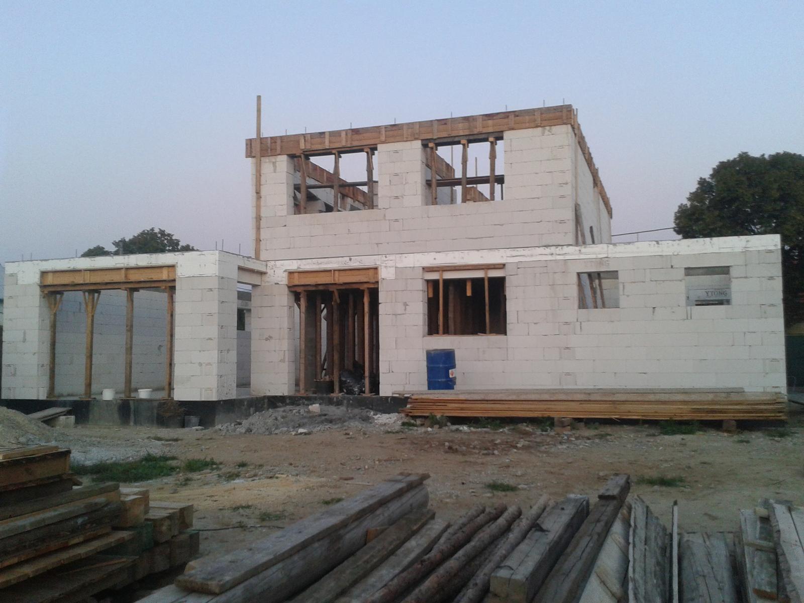 Náš dom - Pohľad zozadu