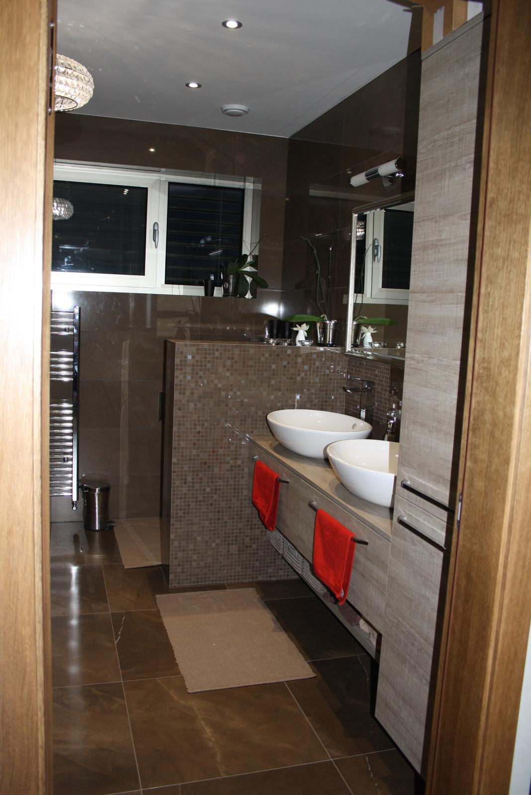 Náš dom - Horná kúpeľňa