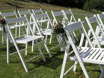 Bílé dřevěné židle - Obrázek č. 2