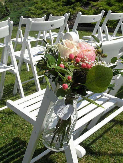 Bílé dřevěné židle - Obrázek č. 3