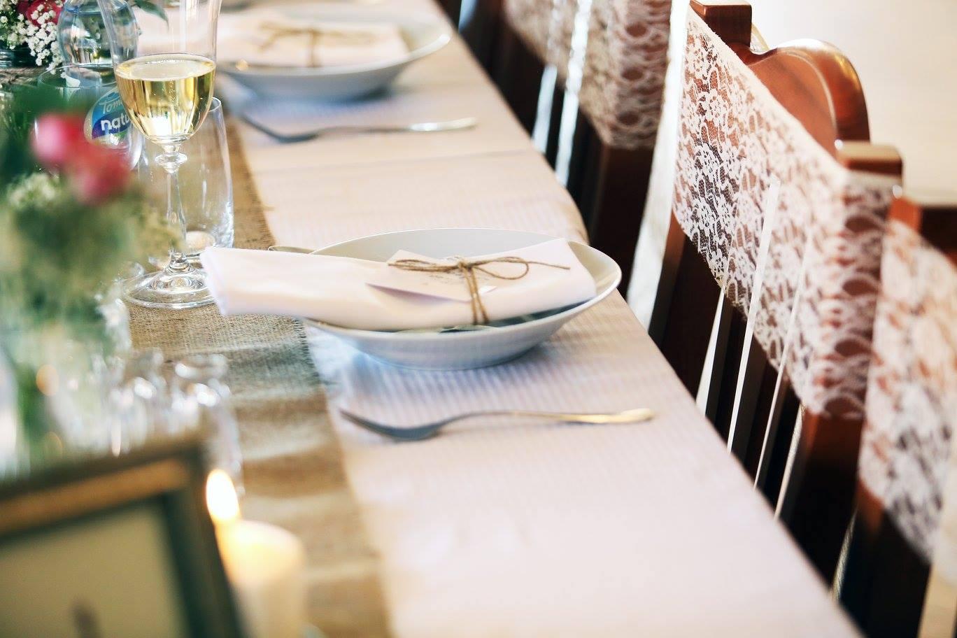 Romantická krajková mašle na židle  - Obrázek č. 1