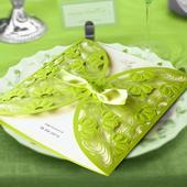 Otevírací zelené svatební oznámení,