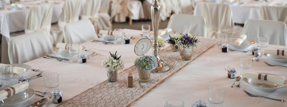 Krajkový běhoun na váš svatební stůl  - Obrázek č. 1