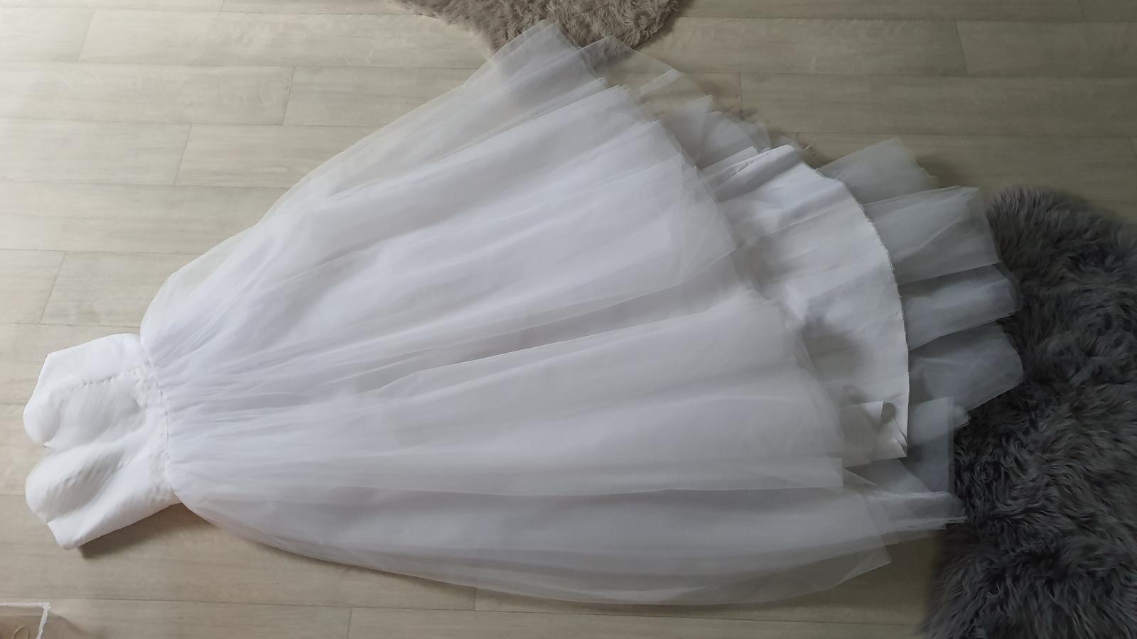 Tutu tylové svatební šaty korzezové dlouhé - Obrázek č. 2